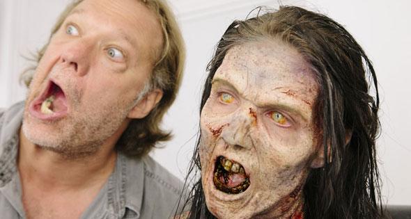 """Acompanhe a Transformação de uma Atriz de """"The Walking Dead"""" em um Verdadeiro Zumbi"""