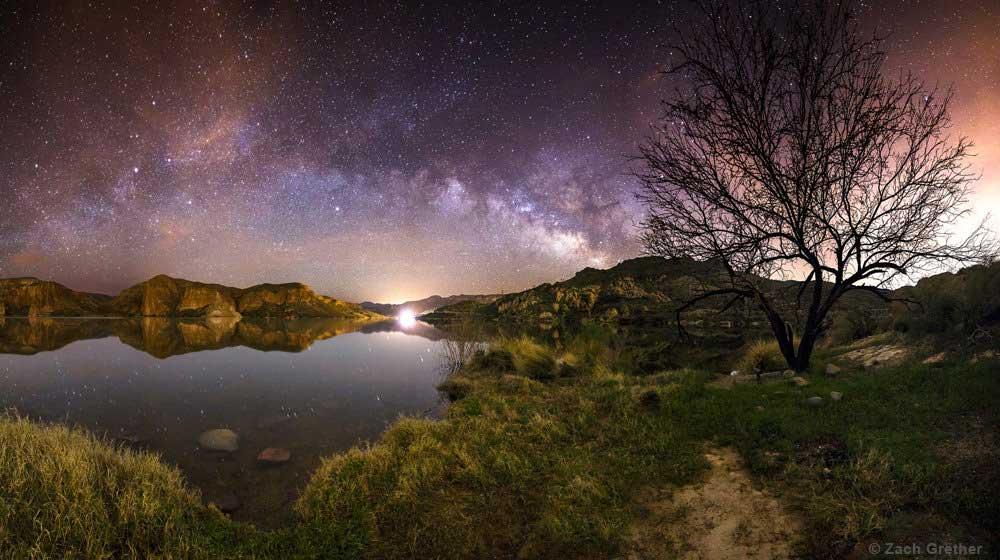 Estrelas ao amanhecer no Lago Canyon, no Arizona, EUA. Foto por Zach Grether.
