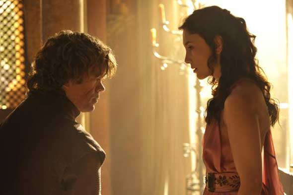 Tyrion Lannister (Peter Dinklage) e Shae (Sibel Kekilli)