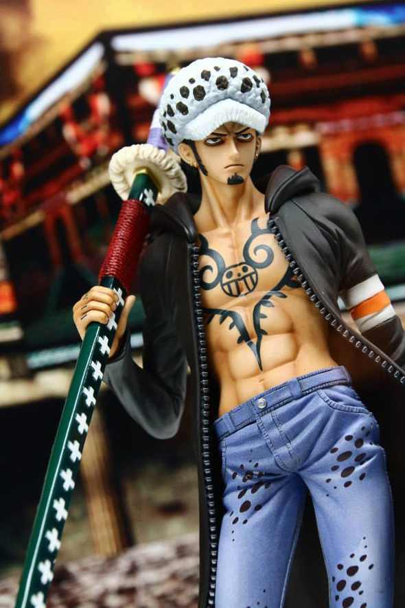 One-Piece-MegaHobby-Expo-Primavera-2014-Law-Sailing-Again