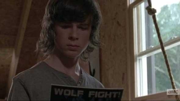 the-walking-dead-5-temporada-easter-eggs-08a-carl-wolf-man