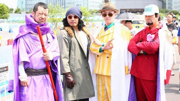 One-Piece-Evento-Cosplay-Odaiba-Dream-Continent-2015-Almirantes