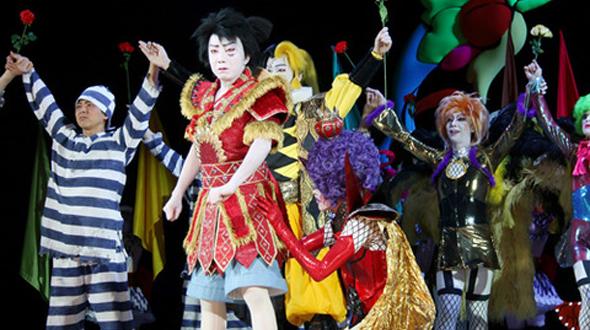 One-Piece-Super-Kabuki-II-Luffy-Ivankov-Okamas