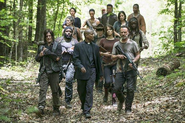 the-walking-dead-5-temporada-rick-grupo