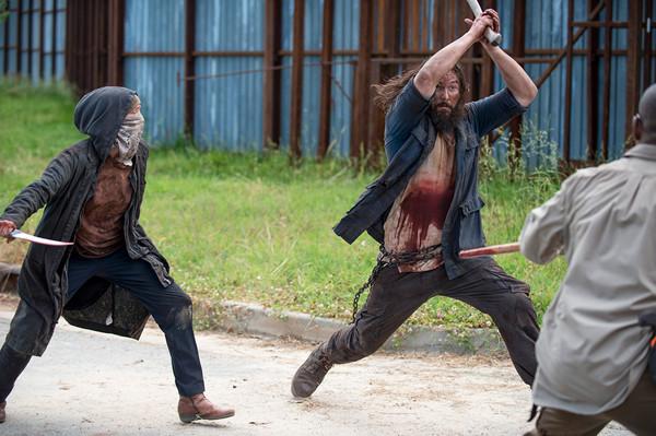 the-walking-dead-6-temporada-carol-lobo-morgan