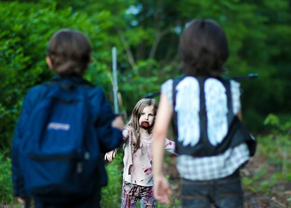 the-walkng-dead-cosplay-kids-Mother-Hubbard-Photography-08