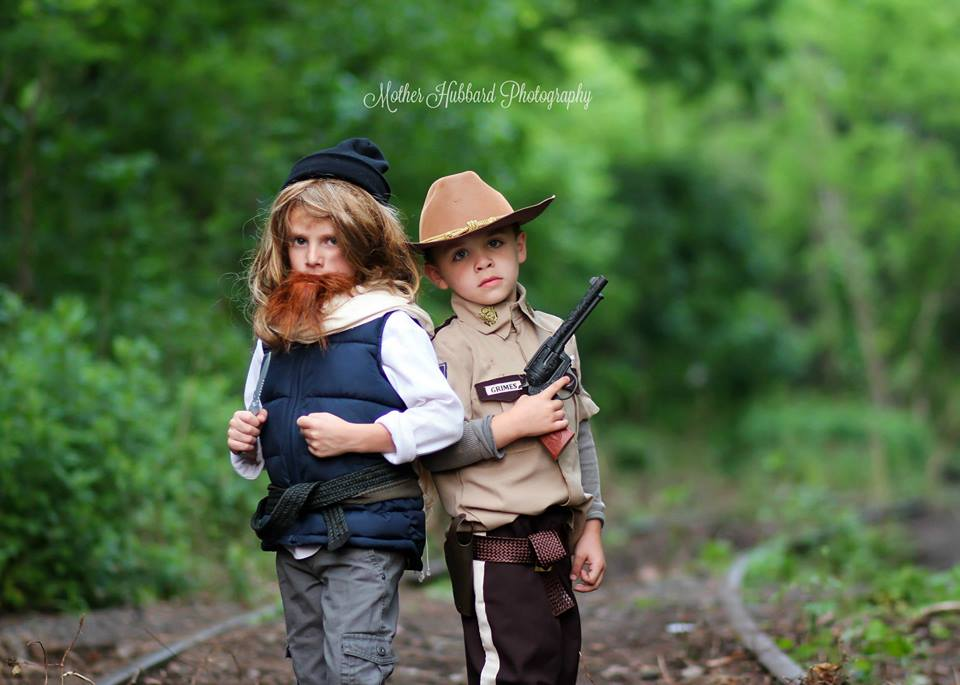 the-walkng-dead-cosplay-kids-Mother-Hubbard-Photography-15