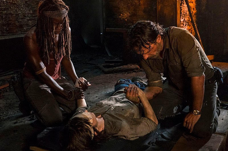 A morte de Carl em The Walking Dead, no 9º episódio da 8ª temporada.