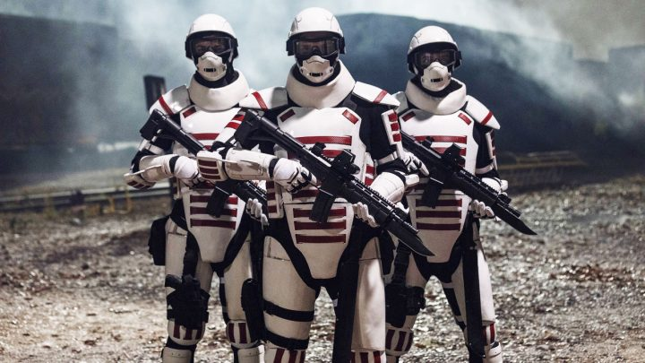 Soldados de Commonwealth, apresentados no 16º episódio da 10ª temporada de The Walking Dead.