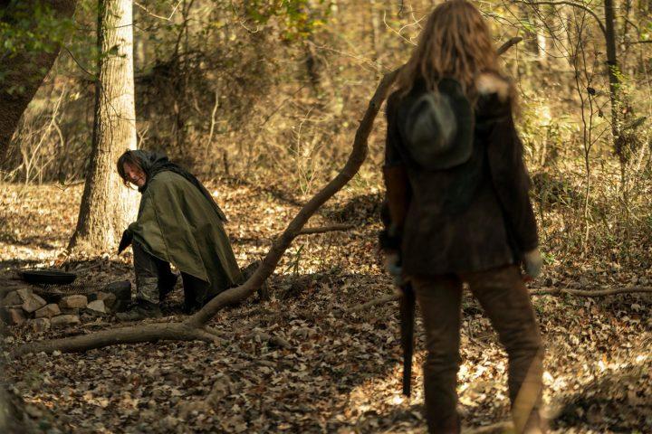 """Daryl e Leah, no 18º episódio da 10ª temporada de The Walking Dead (S10E18 - """"Find Me"""")."""