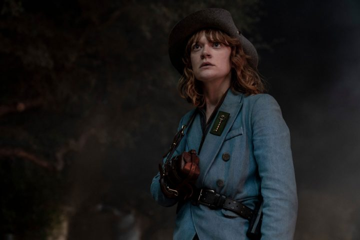 "Virginia no 9º episódio da 6ª temporada de Fear The Walking Dead (S06E09 - ""Things Left to Do"")."