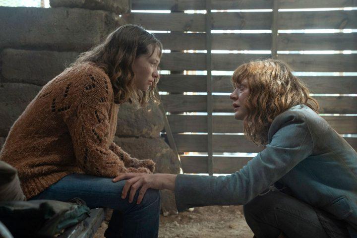 "Dakota e Virginia no 9º episódio da 6ª temporada de Fear The Walking Dead (S06E09 - ""Things Left to Do"")."