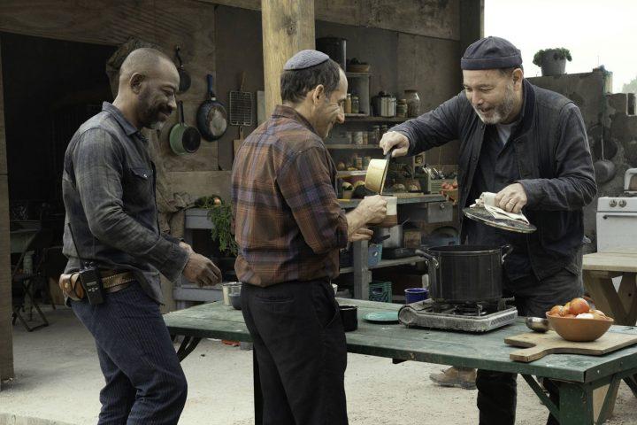 """Morgan, Jacob e Daniel Salazar no 10º episódio da 6ª temporada de Fear The Walking Dead (S06E10 - """"Handle With Care"""")."""