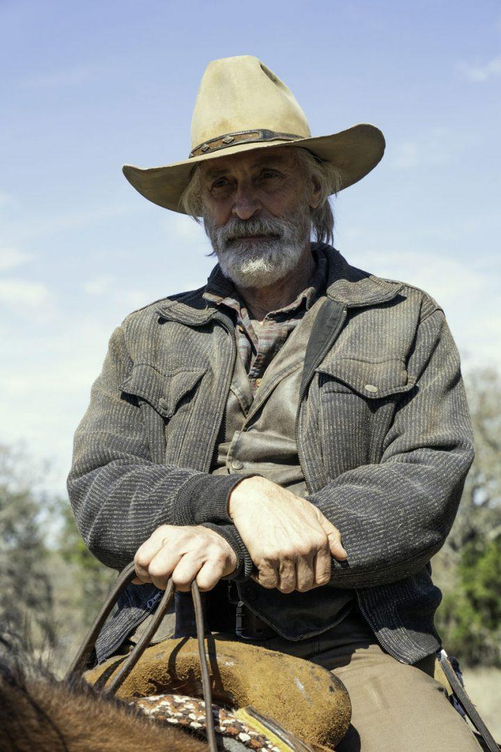 "John Dorie Sr. no 16º episódio da 6ª temporada de Fear The Walking Dead (S06E16 - ""The Beginning"")."